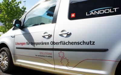 Fahrzeugbeschriftung für die Spezialisten für temporären Oberflächenschutz